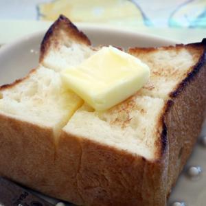 食べて後悔なし!背徳級でもおススメなバタートースト@むうや