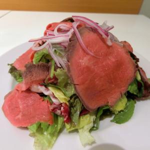 牛肉たっぷりパワーサラダで夏を乗り切る@CENTRE