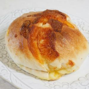 やっぱりこれはハズせない!チーズ×パンの黄金コンビ@Vivant