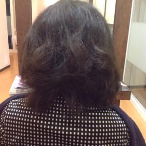 思ったより私の髪の毛長いんですね! 縮毛矯正