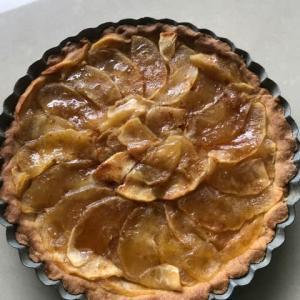 タルトタタン風のリンゴケーキ