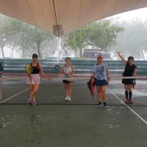 テニス・ダブルス解禁!しかし大雨💦