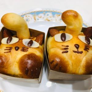 パン修行 ハロウィンコッペ&真っ黒コッペパン