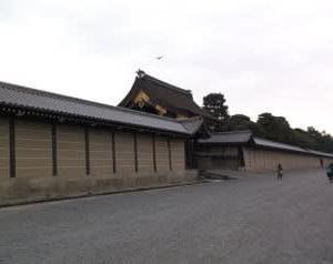 京都御所宣秋門