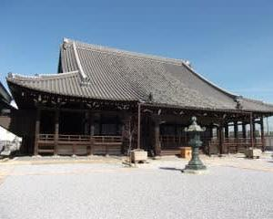 願泉寺本堂