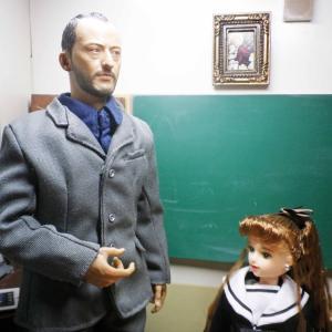 レオン先生、イメチェンをする