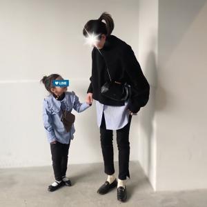 娘とおそろ風コーデ★子供用に使えるGUのミニポーチ