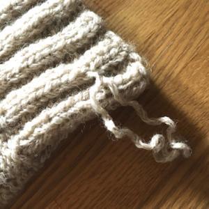 お久し振りでコーディガン編み直し