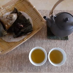 加賀棒茶と粽