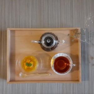 和紅茶(静岡県)とマンゴー羹