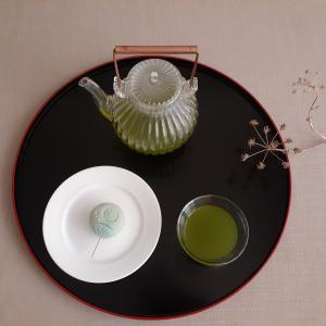 鹿児島茶(朝露)とうちわ。