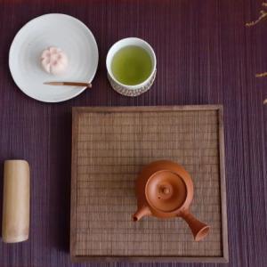 鹿児島茶(冴緑)と撫子