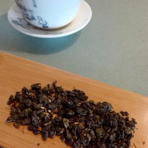 今朝のお茶、桂花烏龍茶