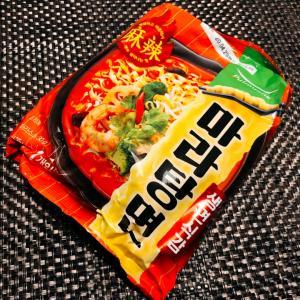 麻辣湯麺と参鶏湯麺:韓国袋麺