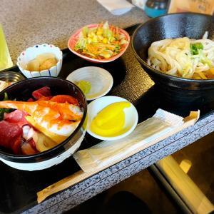 二日目:四日連続で通ったうどん屋さんのミニ海鮮丼と冷やしうどんセット