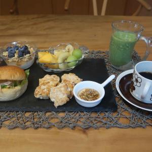 手作りチキンナゲットの朝食 と ゴルフコンペ♪