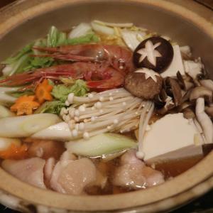 『華味鳥』の寄せ鍋の晩ご飯 と 我が家の花のアップ写真♪