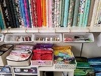 布の整理とフェルトフラワー