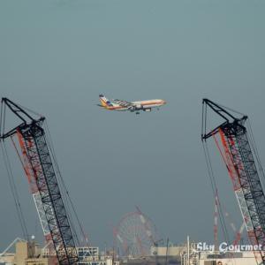 ◆ 飛行機シリーズ再編集編、その4「ベランダから羽田」(2005年1月)