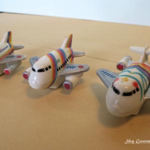 ◆ エアライングッズ・ノベルティ、その5「JAS 飛行機マグネット」(2020年6月)
