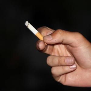 遊技客の喫煙率は55%!「パチンコ・パチスロプレイヤー調査2020」喫煙状況の速報値を公表