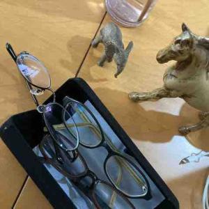 雑貨部活動 メガネと時計ついでにゾウ
