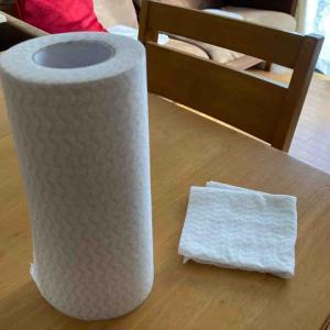 《ニトリ「カット式台ふきん」を家じゅうで使い回す。掃除には使い捨てタイプが正義》