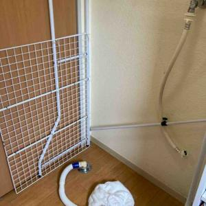 《ついに洗濯機が壊れました!洗濯機周りが汚いので掃除を念入りに行いました》