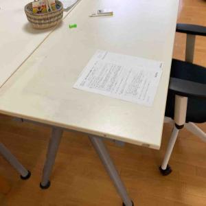 《【リビング学習】ダイニングテーブルを広くしたい!勉強机とトレードしました》