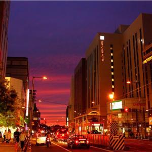 松山市内の夕暮れ