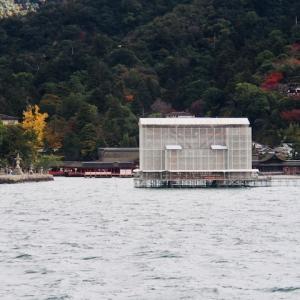 厳島神社を堪能する