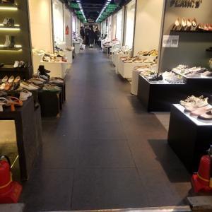 東大門ショッピング/やっぱりいつもより人少ないです