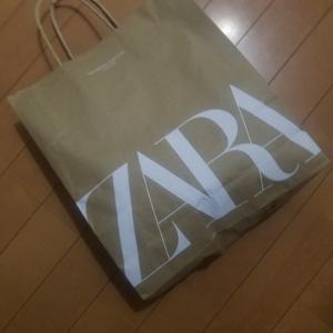 久しぶりにZARAで服を買いました