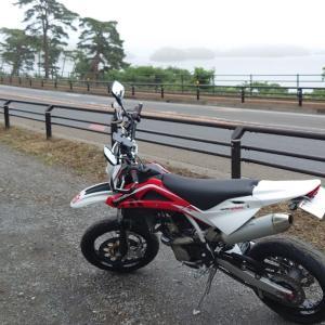 セカンドバイクに「250ccモタード」という選択