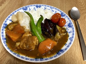 梅雨のあとさきは エスニック料理と夏野菜カレー