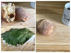 質素な朝食 と 質素なうどん入りお好み焼きのお昼