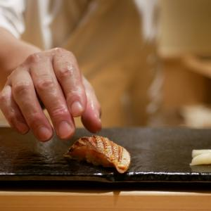 【渋谷】五感で楽しむ極上握り。ランチコースは必見です「鮨 花おか」