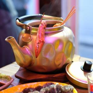 【新大久保】最新カフェ「Neul」と韓国そのもの?やかんおでんがイチオシ「レトロポチャ」