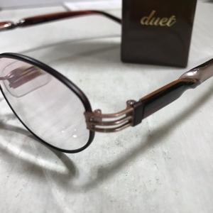 duetのメガネ