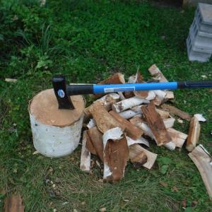 薪割り楽し な休日