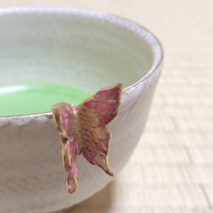 小野穣 蝶花茶碗(40歳記念のお茶碗②)