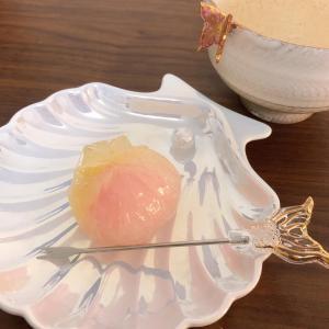 Francfrancオパールシェル小皿+和菓子水中花+マーメードピック=可愛い♪