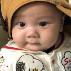 ●  帽子がよく似合う 初孫ちゃん