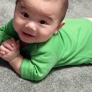● 生後4ヶ月 ハイハイはじまる手前