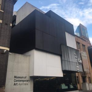 オーストラリア現代美術館(MCA)で現代アートとシドニーの絶景を楽しむ♪