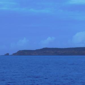 2016年小笠原村硫黄島慰霊墓参(415)小笠原丸で硫黄島を周回(126)再び硫黄島の北西端