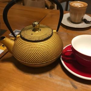 金鉄瓶でハーブティー&バーガーのカフェ飯~Craftmen Specialty Coffee~