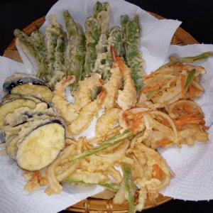 マミママ、収穫したモロッコいんげんで天ぷらディナー