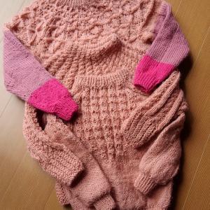 さくら色のセーター・毛糸をつかいきる。
