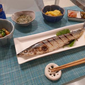 今年初の秋刀魚。シンガポールの家で魚を焼く工夫